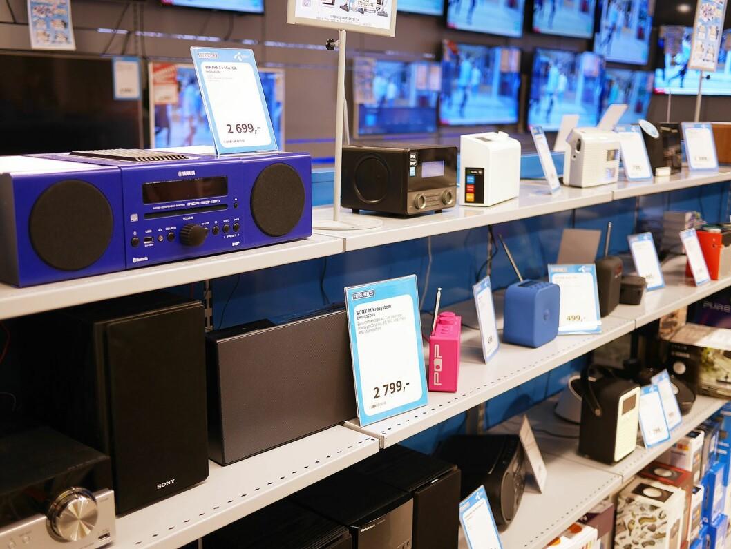 Dab-radio-salget fortsetter å vokse, med 2017 som slukkedato for FM-nettet. Foto: Stian Sønsteng .