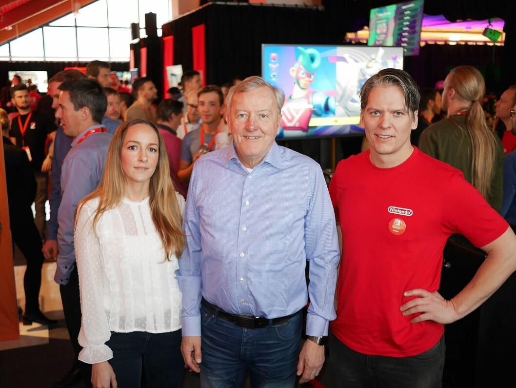 Inga-Brit Brækken (f. v.), Owe Bergsten og Johan Lenngerd under pressevisningen av Nintendo Switch den 2. februar - én måned før konsollen kommer i butikkene. Foto: Stian Sønsteng.