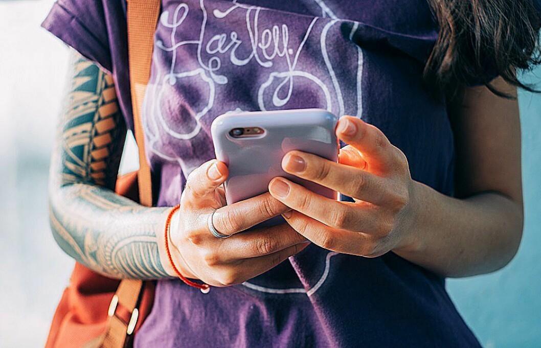 Apple og Samsung topper Telias salgsliste for januar. Foto: Telia