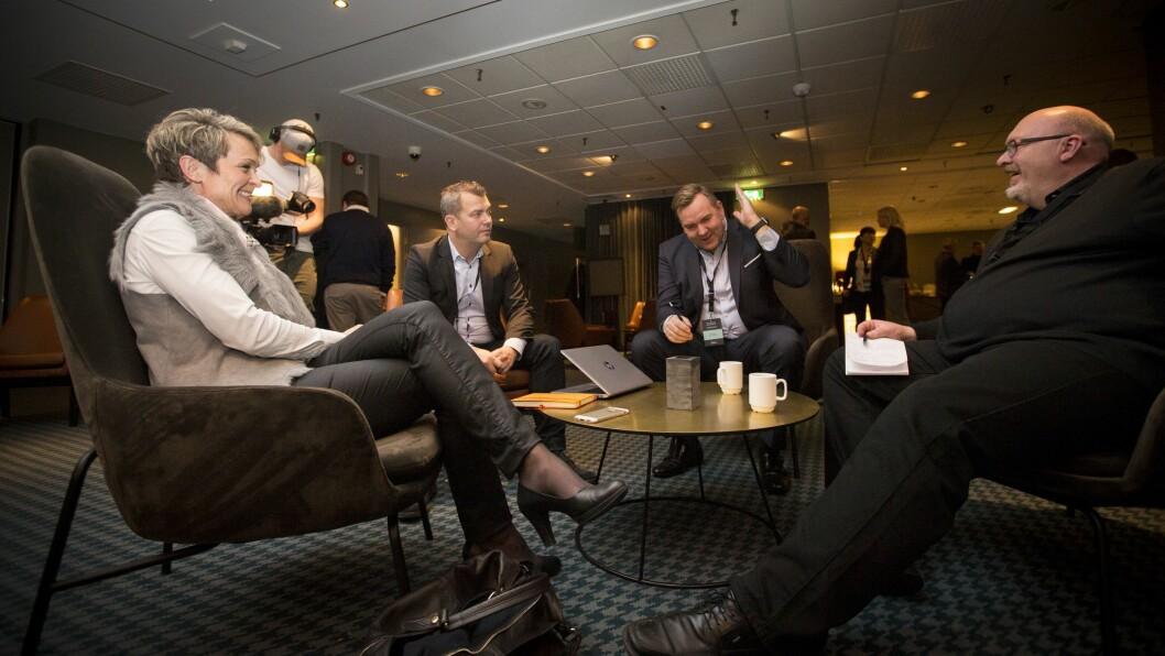 Kundedirektør Birgitte Løvaas i P4 (f. v.), markedssjef Bjarte Øgrey i Bauer Media Norge AS, administrerende direktør/ansvarlig redaktør Lasse Kokvik i Bauer Media Norge AS og Jon Branæs, kanalsjef for NRK P1. Foto: Vilde Erikstad/Digitalradio Norge.