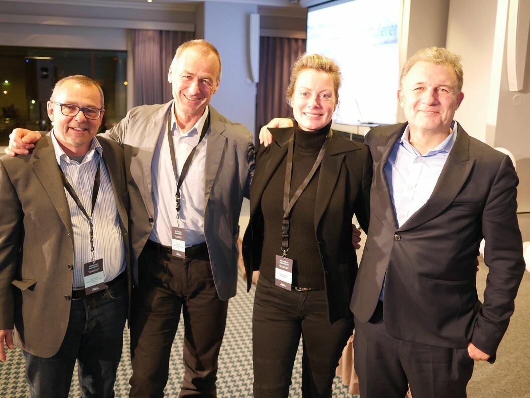 René Wehrlin (f. v.) og Niklaus Kühne fra henholdsvis sveitsiske myndigheter og kringkasting, Jacqueline Bierhorst ved Digital Radio Netherlands og Ford Ennals i den britiske bransjeorganisasjonen Digital Radio UK (DRUK). Foto: Stian Sønsteng.