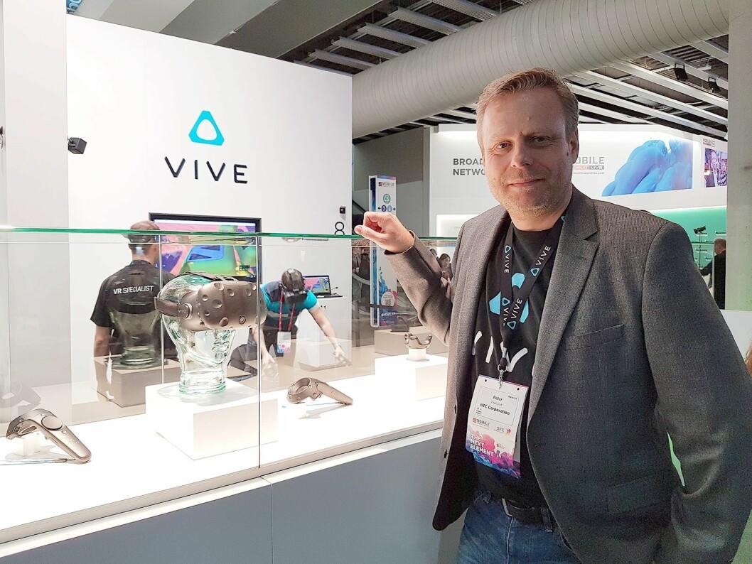 Visedirektør i HTC Vive Europa, Peter Frølund, tror VR kommer til å endre så å si alle bransjer. Foto: Marte Ottemo