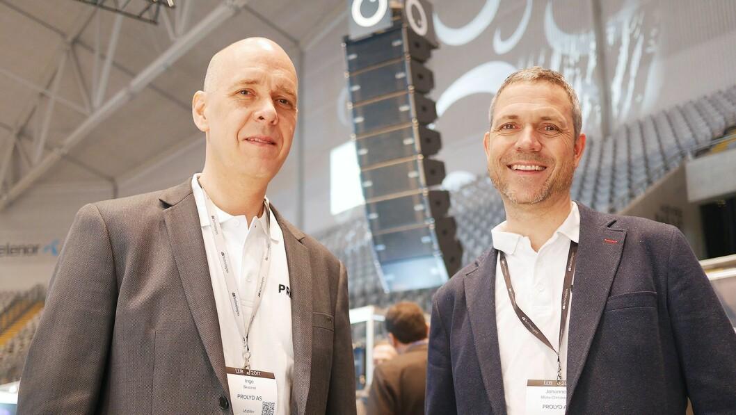 Inge Skaland (t. v.) og Johannes Mollø-Christensen i Prolyd AS foran Line-Array-modulene fra dB Technologies. Foto: Stian Sønsteng