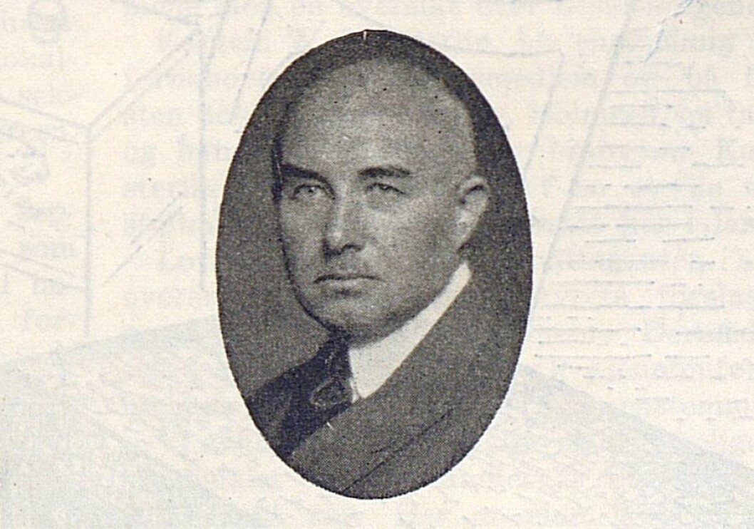 M. G. Kvaal hadde tidligere vært landsforbundets formann, og var redaksjonskomiteens formann da første utgave av Radiohandleren kom ut i 1937. Fra nr. 3 står han oppført som redaktør, en posisjon han hadde frem til 1948.