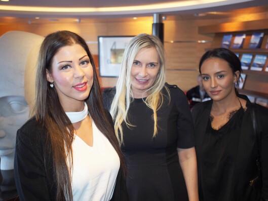 Servicetelefonen leverer telefon- og support tjenester til en rekke leverandører og verksteder. Her representert med Amina El-Katat (f. v.), Veronica Tettenborn og Royane Harkati.