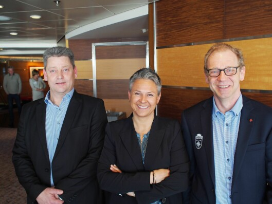 Tre av foredragsholderne på Vårkonferansen. Fra venstre Sten Schroll fra Aswo, Guro Kjørsvik Husby fra Norsirk og Per Endsjø fra Grundig.