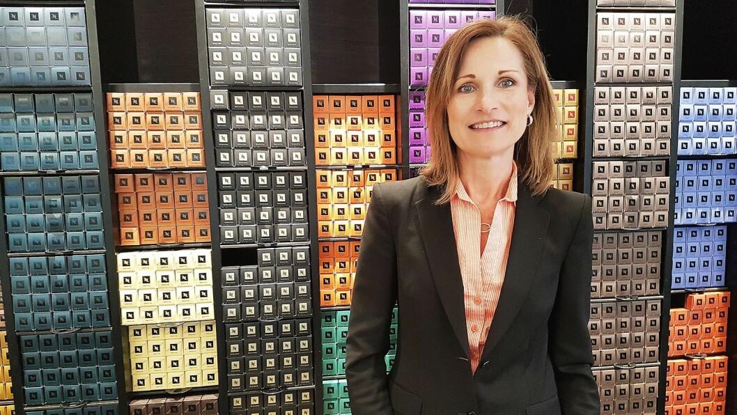Susan Hagerty Bonsak er ny sjef i Nespresso Norge, og skal blant annet jobbe for å få ungdom til å se kapselmaskinens fortreffelighet. Foto: Marte Ottemo