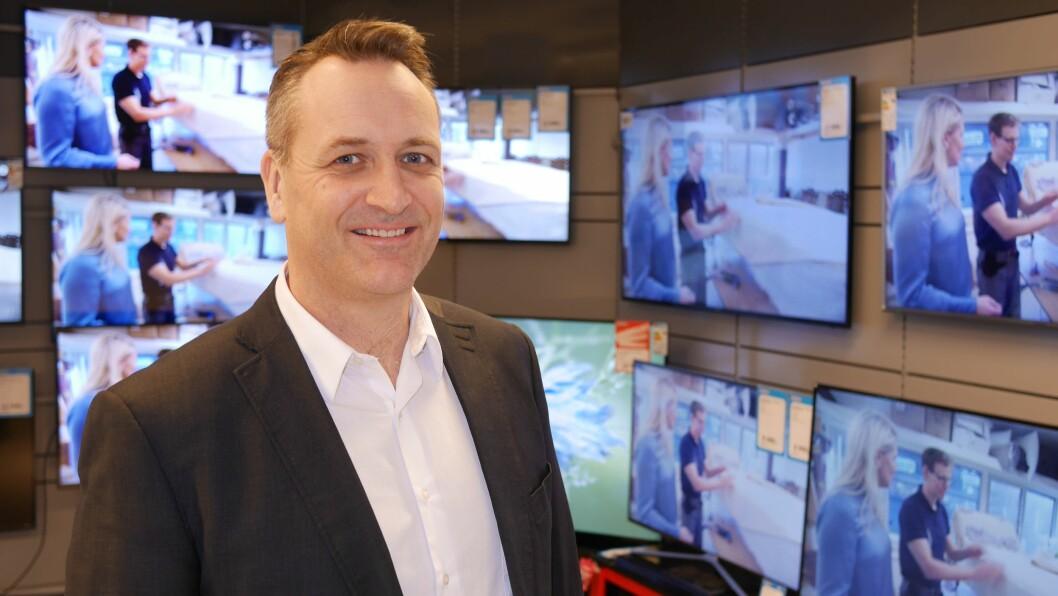 Administrerende direktør Jan Røsholm i Stiftelsen Elektronikkbransjen inviterer til GDPR-kurs. Foto: Stian Sønsteng