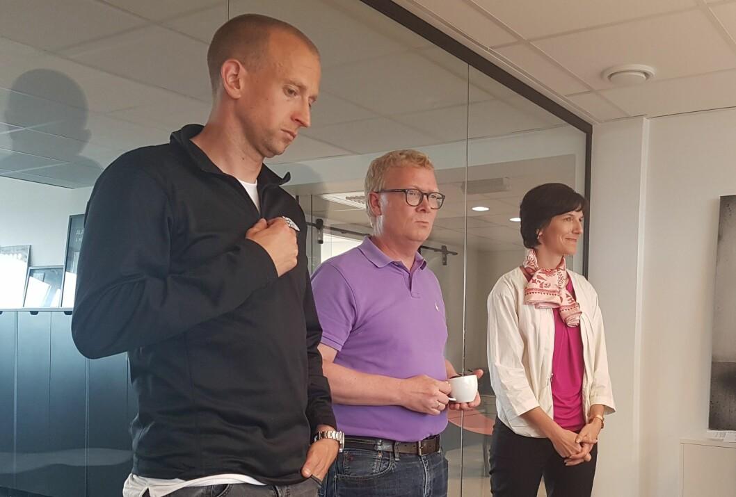 Gunnar Greve i musikkselskapet Mer har byttet fra Mac til Microsoft. Her sammen med ansvarlig for Windows og konsumentprodukter i Microsoft Norge, Christian Almskog og Microsoft Norge-sjef Kimberly Lein-Mathisen.