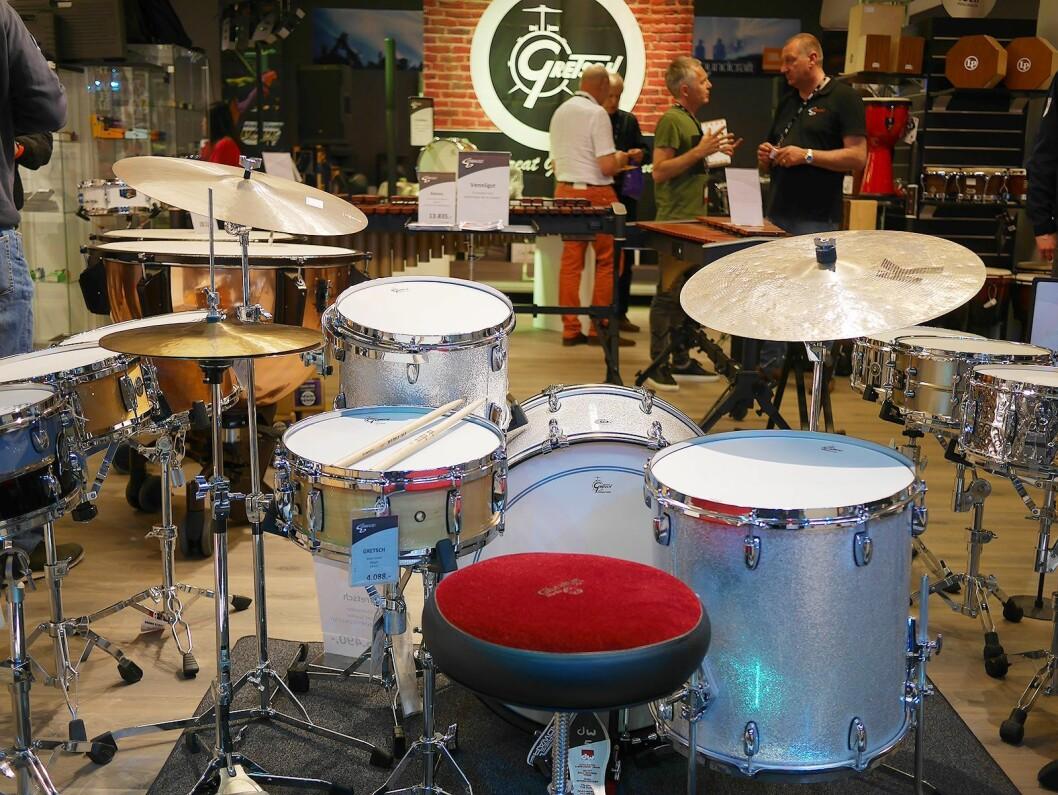 Mens vi venter på Fred. Gretsch trommesett USA Brooklyn er sentralt plassert ved Gitarhuset Megastore..