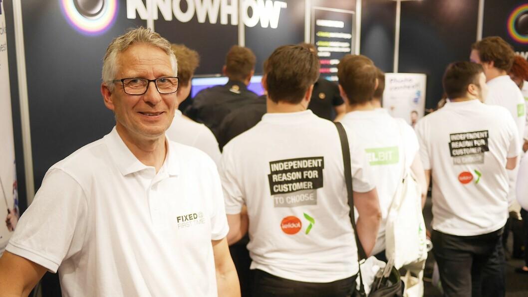 Nordisk tjeneste- og ettermarkedsdirektør Lorentz Jacobsen i Elkjøp Nordic ønsker at arbeidet hans ansatte gjør skal være grunn god nok for kundene til å velge konsernet. Foto: Stian Sønsteng