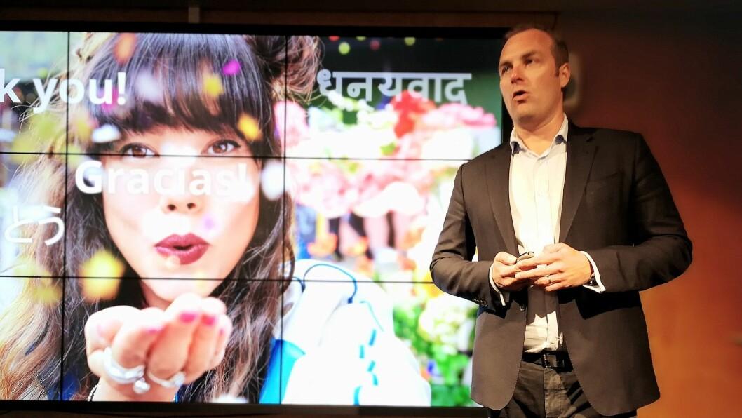 Norden-sjef i HMD Global, Ossi Korpela, presenterte den nye Nokia 8 på en pressekonferanse i Helsinki. Foto: Marte Ottemo