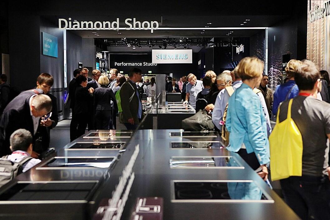 BSH fyller 50 år, og har oppgradert designspråket for Siemens. Foto: Siemens.