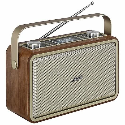 Radionette Menuett RMEMPDWO16E, med dab+, håndtak og oppladbart batteri. Radioen har NFC og blåtann. Pris: 1.700,-.