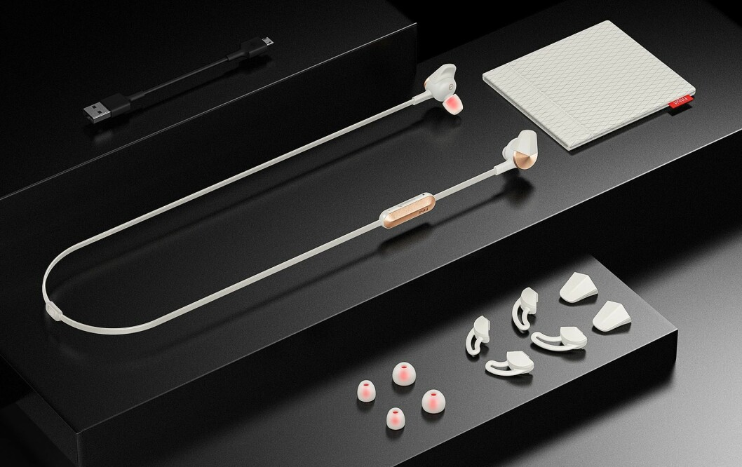 Fitbit Flyer er selskapets første trådløse øreplugger. Foto: Fitbit.