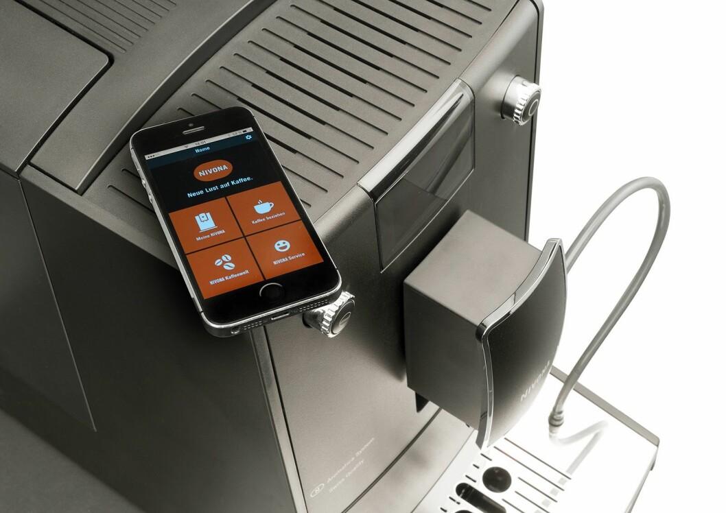Bortsett fra 5-serien har alle Nivona-maskiner blåtann og mulighet for styring via telefonen. Her vist på Nivona 758.
