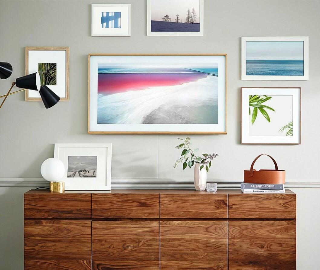 Samsungs nye TV-konsept, The Frame, kommer nå i 43 tommer. Foto: Samsung.