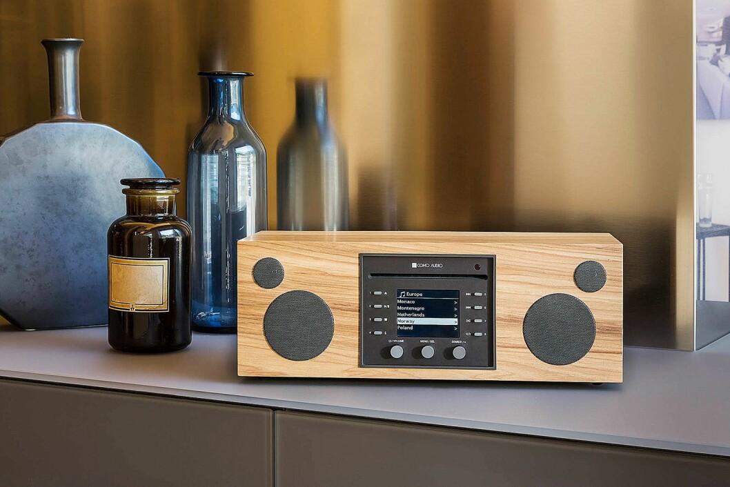 Musica har i tillegg til internettradio, DAB og alle de andre funksjonene også en CD-spiller innebygd. Foto: Como Audio.