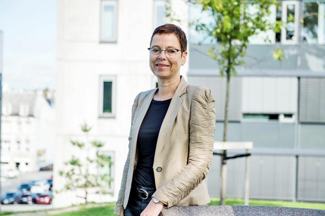 Mari Velsand, direktør i Medietilsynet, sier det digitale radioskiftet har vært en medvirkende årsak til veksten i lokalradiolyttingen. Foto: Medietilsynet