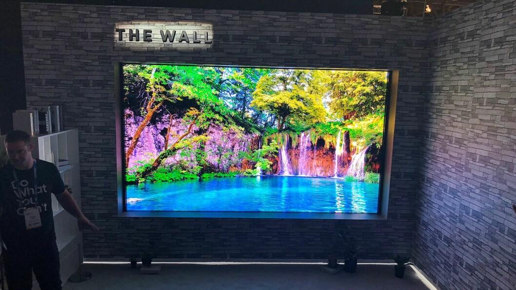 Samsung The Wall, med mikro-led-teknologi. Her i 146 tommer. Foto: Stian Sønsteng.