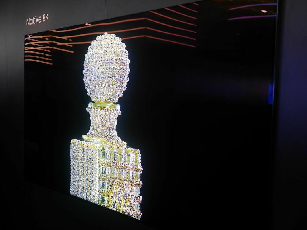 På CES viste Samsung denne prototypen med QLED 8K HDR med 4.000 nits. Foto: Stian Sønsteng.