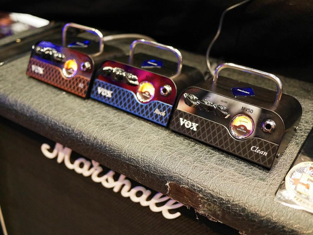 Gitartoppene Vox MV50 AC, Rock og Clean som med nye vakuumrør gir 50 watt. Pris: 2.100,- Foto: Stian Sønsteng.