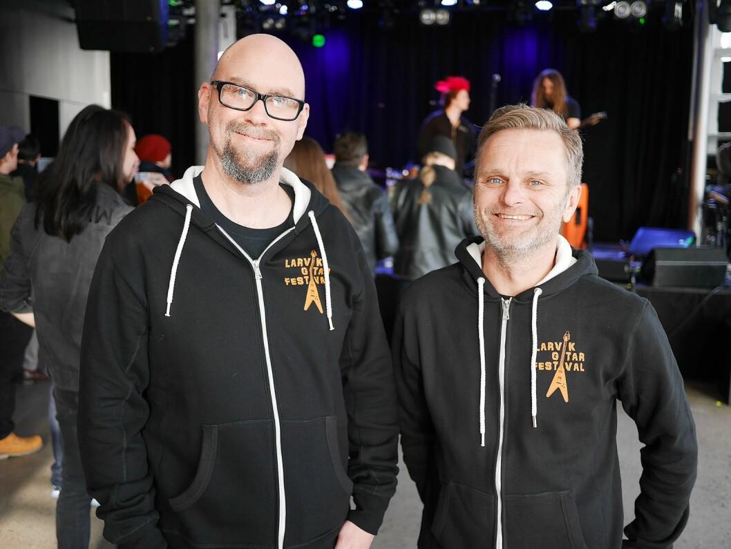 Anders Buaas (t. v.) og Atle Rasmussen i Larvik gitarfestival. Foto: Stian Sønsteng.