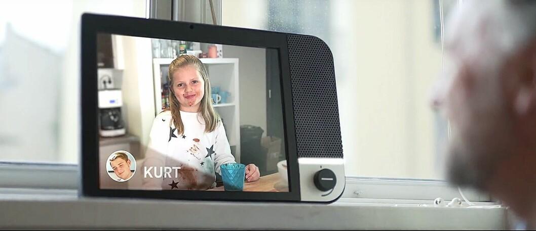 Nye Komp er rettet mot eldre, og lar dem ta del i den daglige digitale kommunikasjonen i familien. Foto: No Isolation.