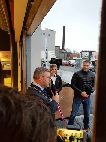 Ordfører Thor Hals sto for den offisielle åpningen av Power Askim. Foto: Power.