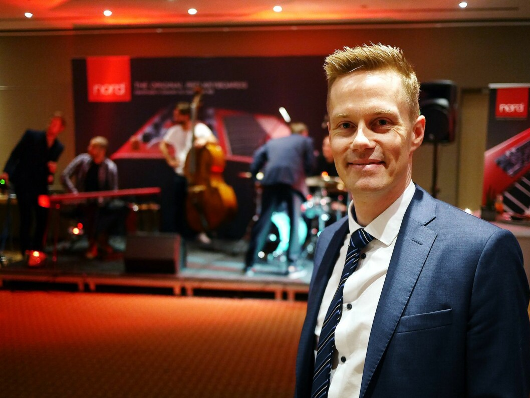 Morten Næss er internasjonal salgssjef i Clavia DMI AB, som produserer og selger piano og keyboard med varemerket Nord. Foto: Stian Sønsteng