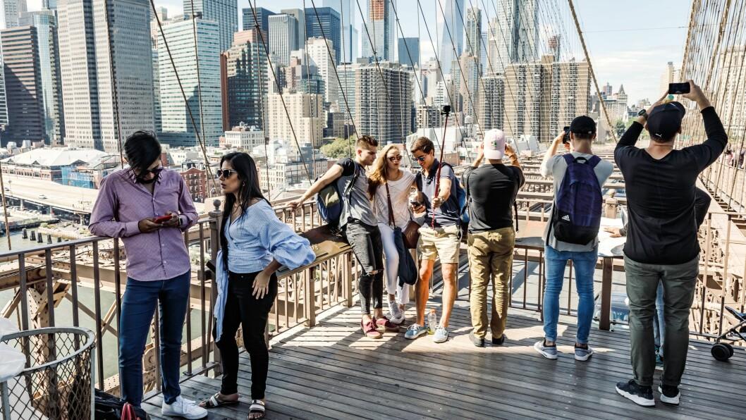 Om du legger sommerferien til New York, kan du surfe med norske mobilpriser hos Komplett Mobil