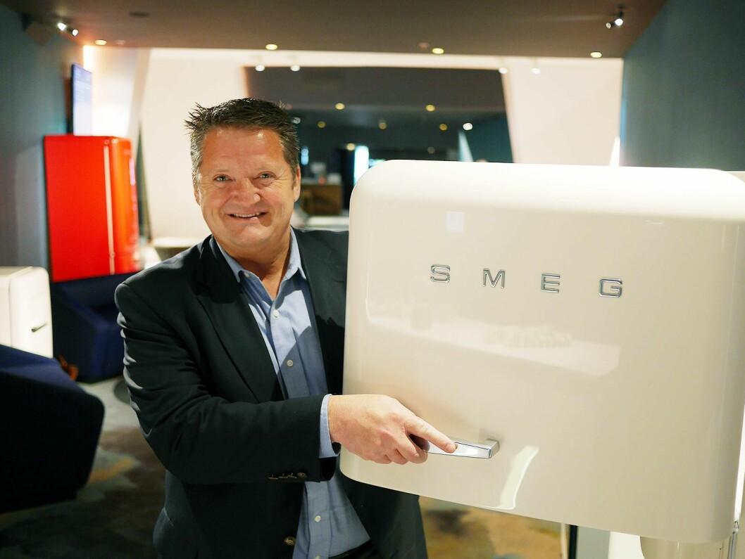 Kjell-Magne Edvardsen, norsk salgssjef i Smeg Nordic, er nå inne i Power-kjeden. Foto: Stian Sønsteng