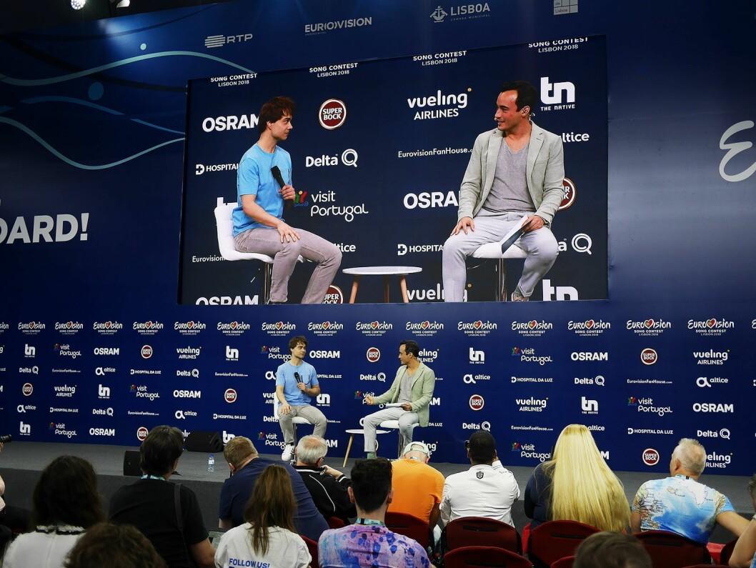 Årets norske deltaker under Eurovision Song Contest, Alexander Rybak, under et pressemøte i Lisboa. Foto. Stian Sønsteng