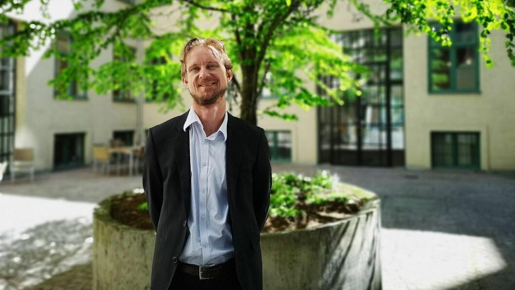 Partner i Advokatfirmaet Ræder, Vebjørn Søndersrød, tok bransjen gjennom det nye GDPR-direktivet. Foto: Marte Ottemo