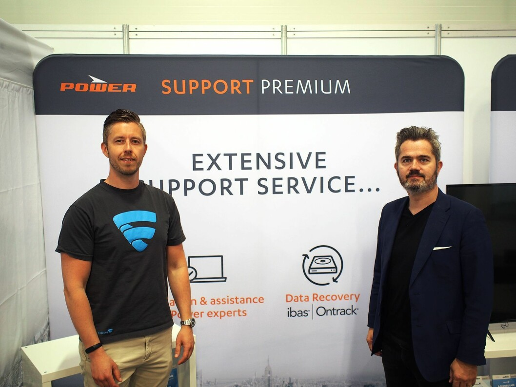 Petter Strande (t. v.) i F-Secure og Lars Løfsgaard i Ibas har inngått samarbeid for å øke datasikkerheten til Powers kunder. Foto: Jan Røsholm