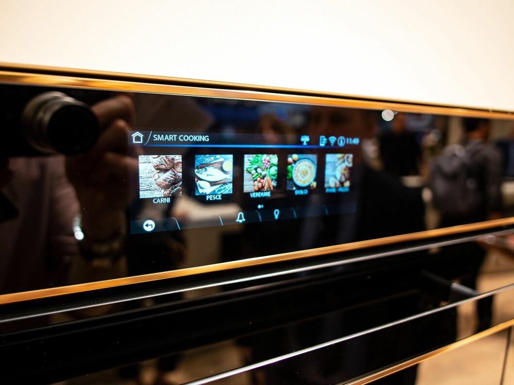 Semg vil legge til funksjonen SmartConnect i allerede eksisterende produkter, som i forbindelse med dette vil komme med nye skjermer. Foto: Ola Larsson.