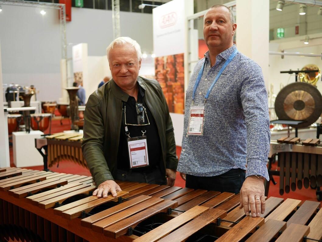 Morten Belstad (t. v.) og Magne A. Iversen ved Gitarhuset med Marimba Artist i Alpha-serien. Pris: 120.000,- Foto: Stian Sønsteng