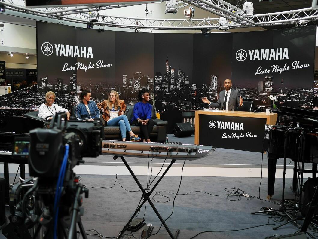 Under Musikmesse hadde Yamaha sitt eget talkshow, som de strømmet ut i verden. Foto: Stian Sønsteng.