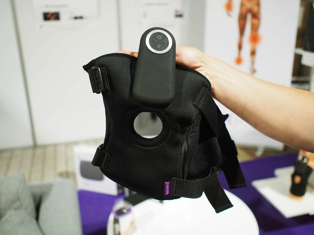 Dette produktet er beregnet for kne. Det støtter, har varme og elektrisk stimulans. Foto: Jan Røsholm.