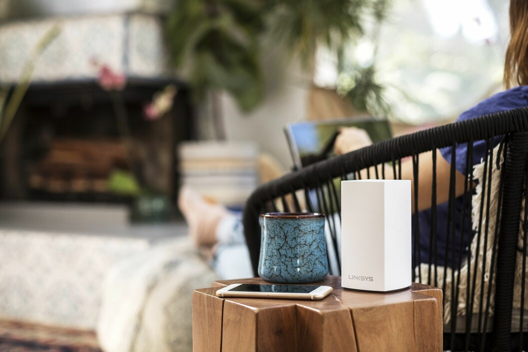 Linksys Velop består av én eller flere små noder som plasseres ut på strategiske steder i hjemmet ditt, for optimal nettverkstilgang. Foto: Linksys