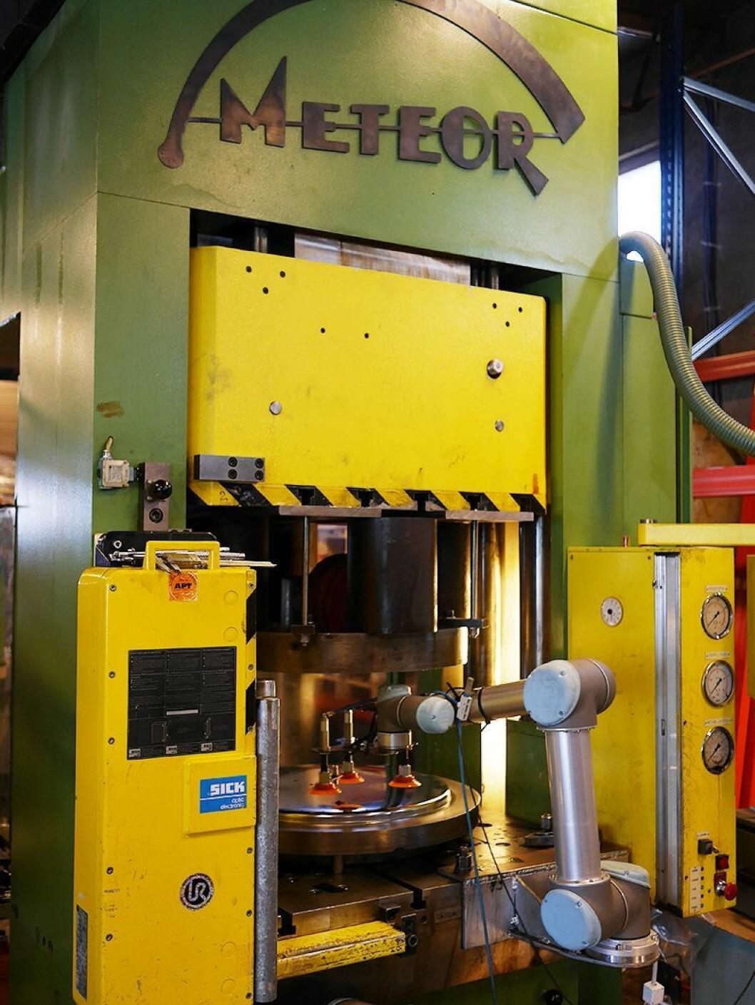 En av tre maskiner Engmark Meteor AS kjøpte da Kervel AS i Skien ble nedlagt. Foto: Stian Sønsteng.