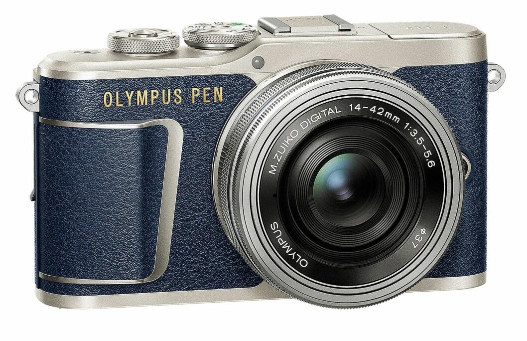 Olympus Pen E-PL9 er en av kameramodellene Olympus gjerne viser frem til kvinnelige kunder. Foto: Olympus.