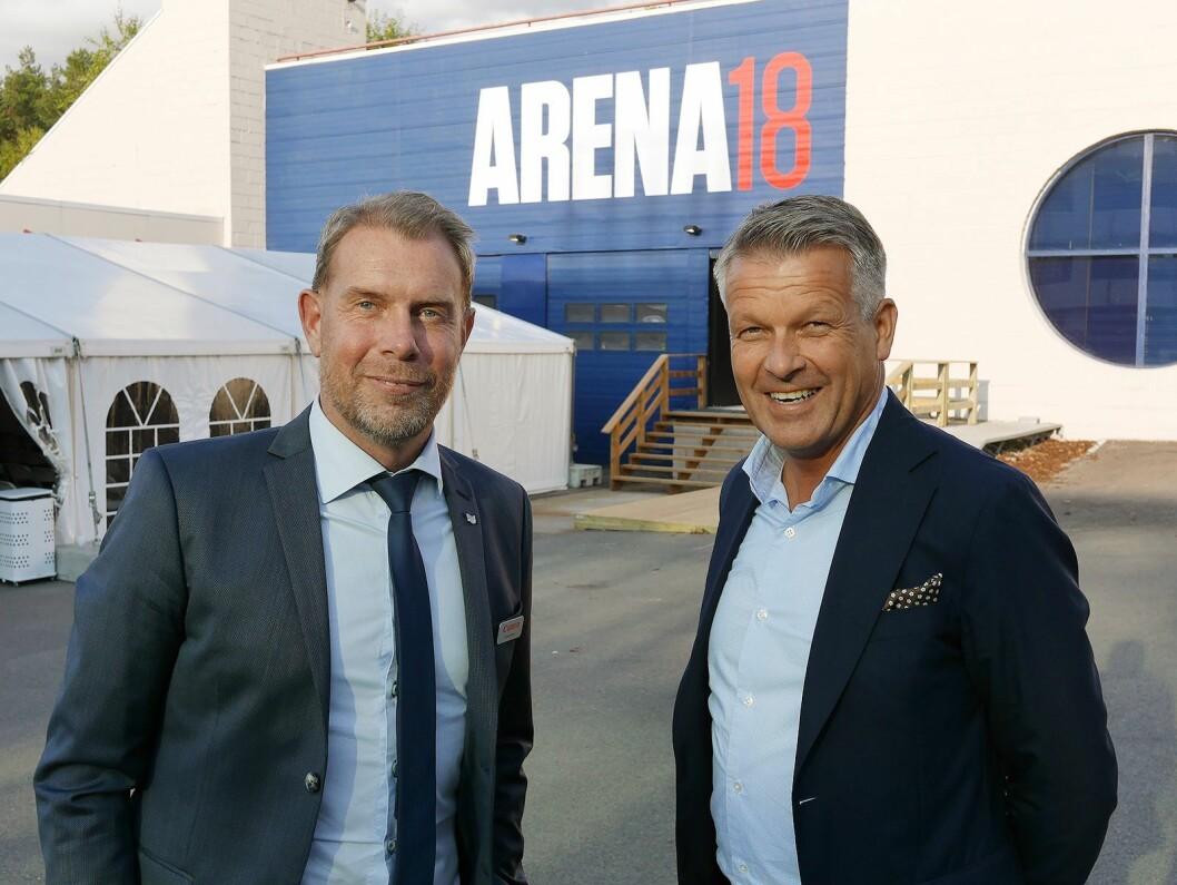 Christer Byfors (t. v.) og Erik Mikalsen leder henholdsvis den nordiske organisasjonen Imaging Technologies and Communications Group (ITCG) og Canon Norge. Her er de på selskapets arrangement Arena 18 på Holmlia. Foto: Stian Sønsteng