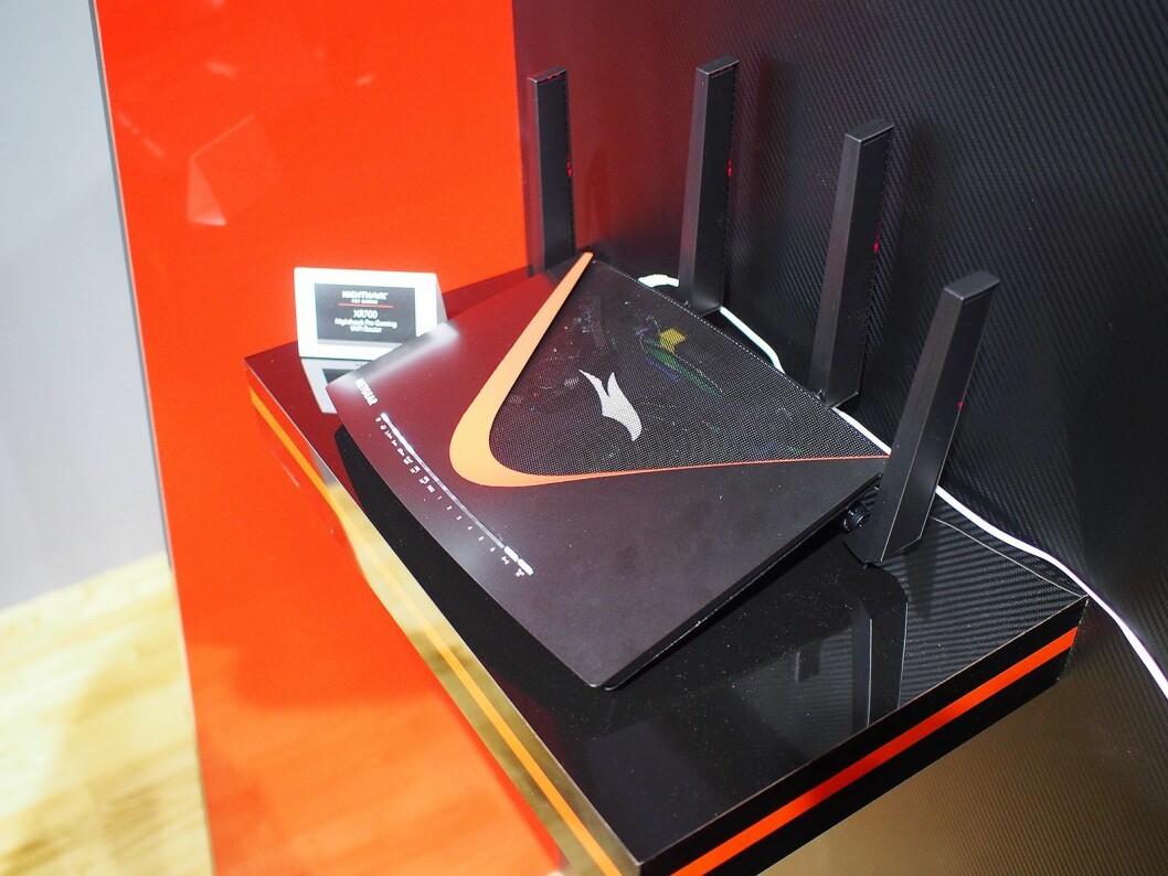 Nighthawk XR700 er navnet på den nye spillruteren fra Netgear. Foto: Jan Røsholm.