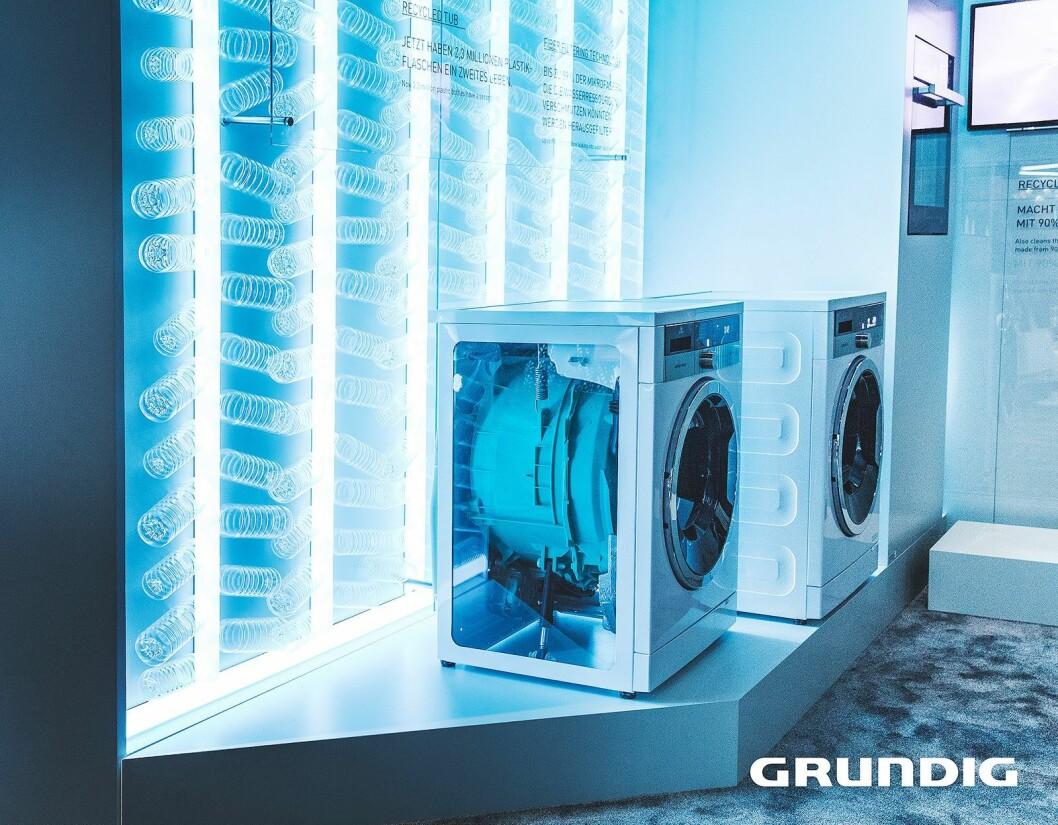 Mange av Grundigs produkter er laget av resirkulert plast, og så langt har selskapet brukt 6,6 millioner PET-flasker i sine maskiner. Foto: Grundig.