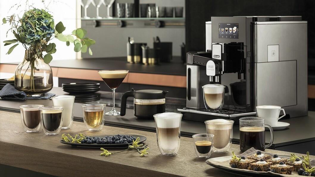 Maestosa er De'Longhis nye flaggskip innen helautomatiske kaffemaskiner, og det er lagt mye jobb i designet av maskinen. Foto: De'Longhi