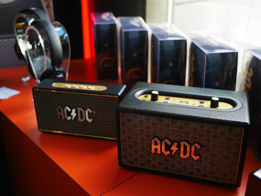 Noen av AC/DC-høyttalerne Veibel AS har i sortimentet.