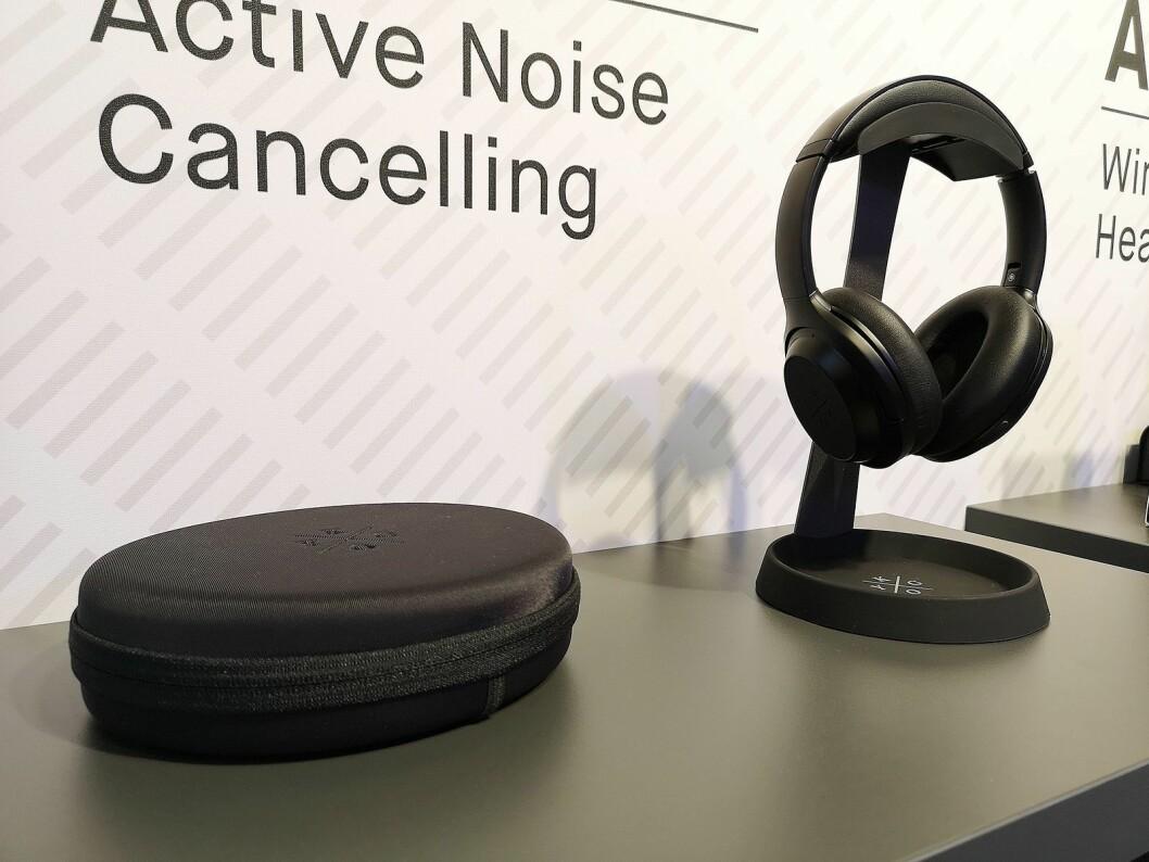 Nye A11/800 har fått aktiv støykansellering og er Kygo Lifes nye toppmodell på hodetelefoner. Foto: Marte Ottemo.