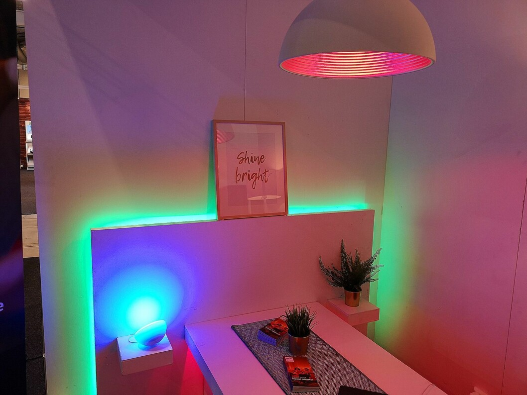Philips viste fram smart lysstyring med sitt Hue-system. Foto: Marte Ottemo.