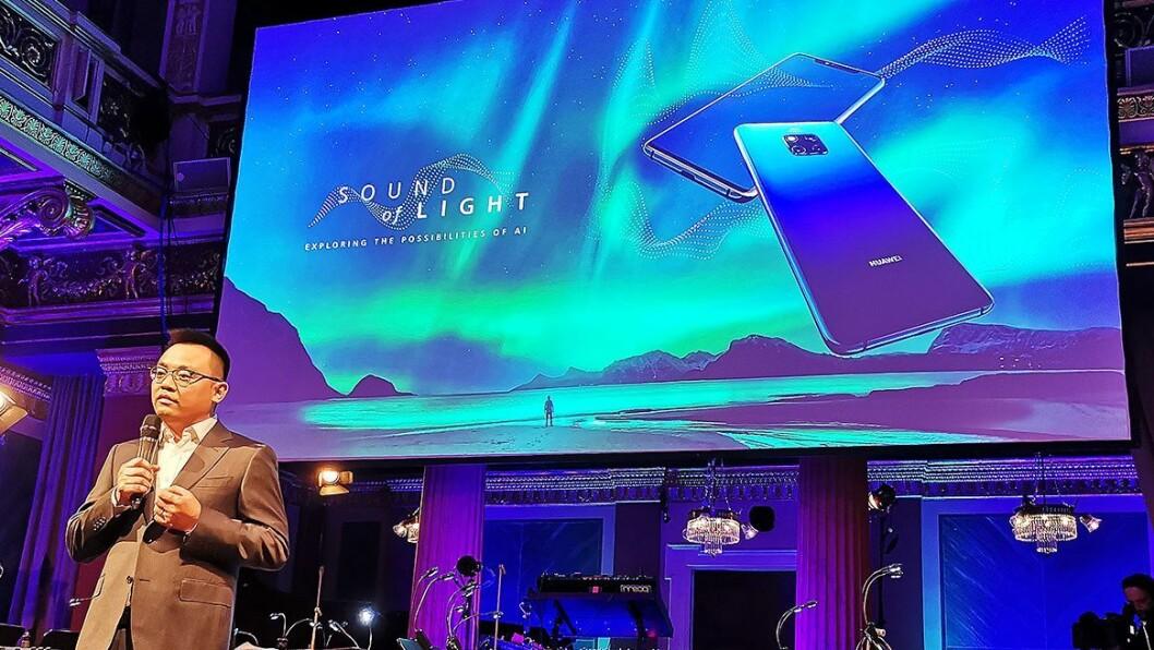 Tony Rong i Huawei Technologies introduserte «The Sound of Light» i Brahms-salen i Musikverein i Wien. Foto: Stian Sønsteng.